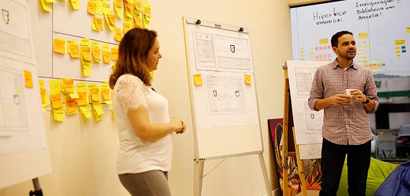 Cocriação OMUNGA - Vídeo Manifesto, com o designer Pedro Segreto, reforçando nossa causa pela educação.